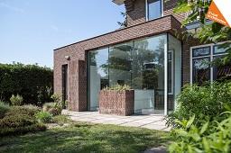 Moderne woning aanbouw