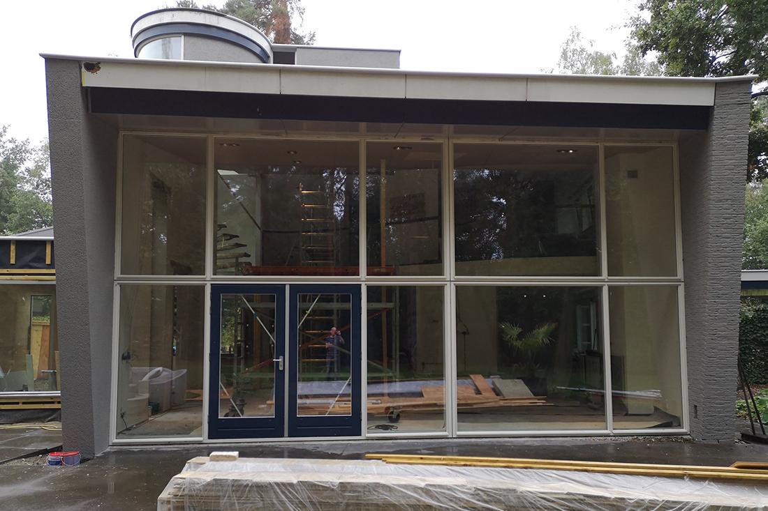 nieuwe raamkozijnen woonkamer